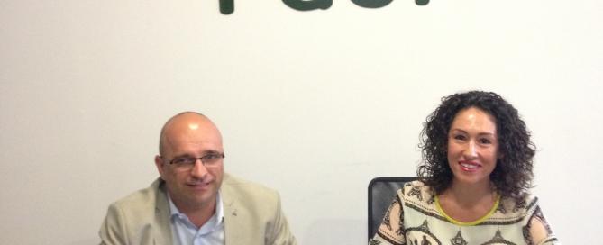 D. Carlos J. Bejarano, Secretario General de FAEL/AAEL y Dña. Lola Socarrás, Representante del Grupo CECOTEC