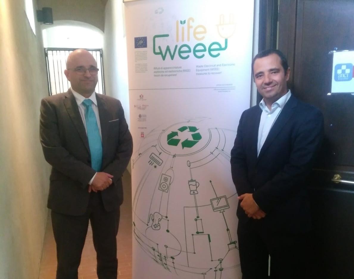 La Cámara de Comercio de Sevilla y FAEL presentan en Florencia el modelo de correcta gestión de los RAEE en Andalucía